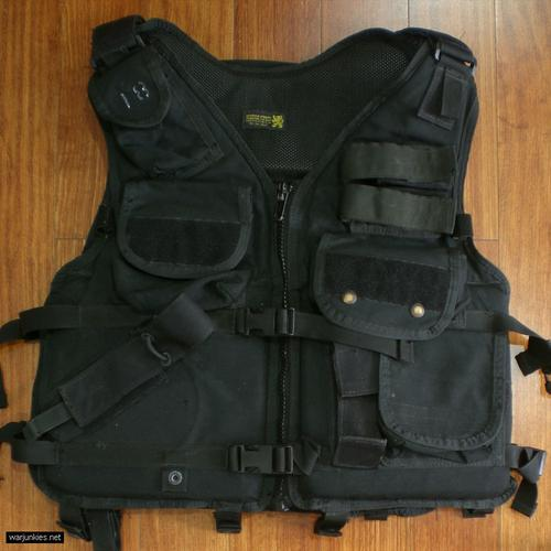 - LBT 1620 PFD FLOAT Tactical Vest
