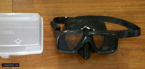 - SEAL Dive Mask