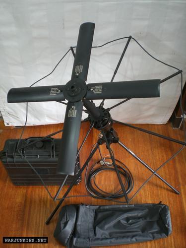 AV2040-2 SATCOM ANTENNA